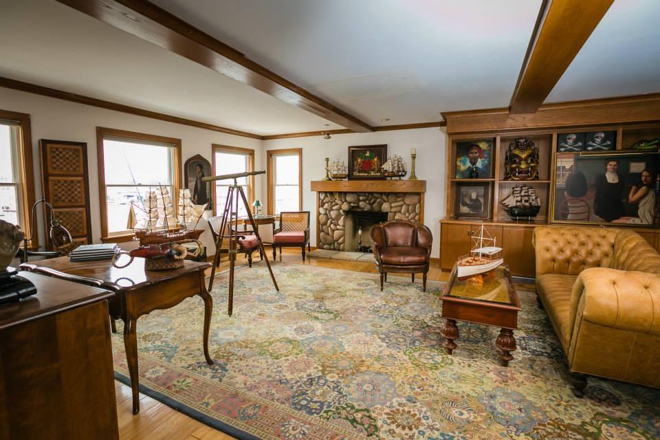Grand Rapids Wedding Planner: Lake Macatawa, The Wizard of Oz Manor
