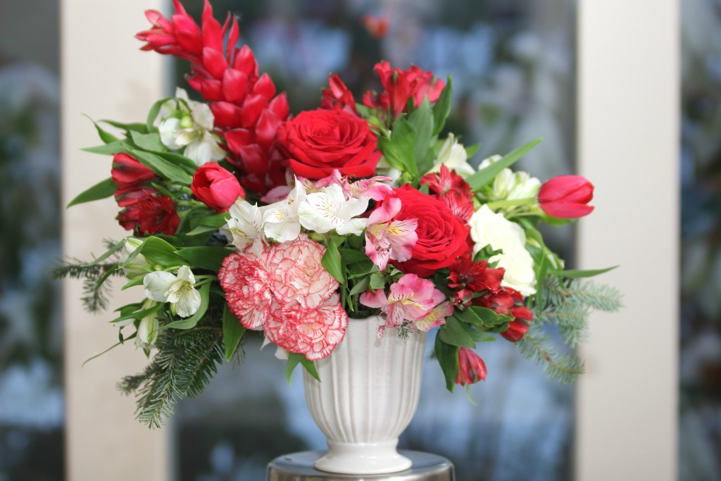 Grand Rapids Wedding Planner and Floral Designer - DIY Christmas Holiday Flower Arrangement Centerpiece - Step 10