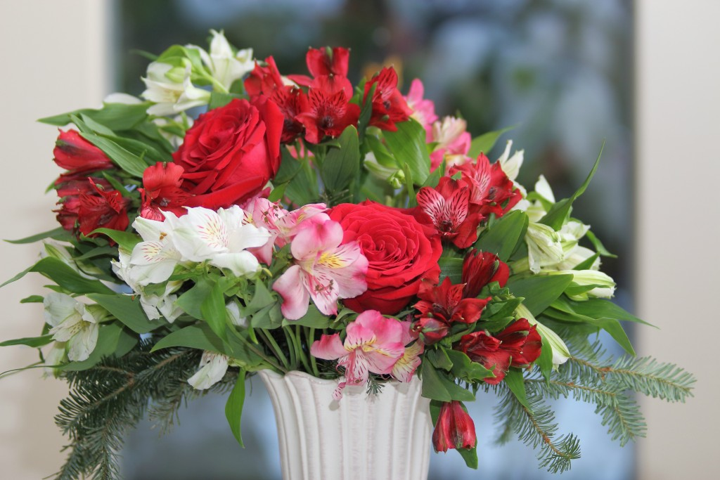 Grand Rapids Wedding Planner and Floral Designer - DIY Christmas Holiday Flower Arrangement Centerpiece - Step 6